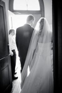 Jennifer & Michael exit...